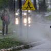 IMGW ostrzega: Intensywny deszcz w ośmiu województwach