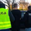 Sprawca podpalenia śmietników i pojazdu na Osowej Górze zatrzymany