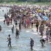 Synoptyk IMGW: Osoby, które źle reagują na upał powinny dziś ograniczyć…