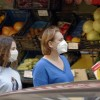 Wirusolog: Maseczki chronią, testy genetyczne są wiarygodne, a pandemia…