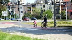 Finisz prac przy ścieżkach rowerowych na ul. Kruszwickiej