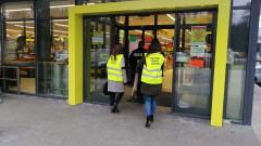 Gorące tematy - Policja i sanepid wspólnie kontrolują placówki handlowe…