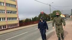 Regionalni policjanci i żołnierze WOT wspólnie w walce z pandemią
