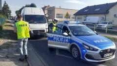 Uciekał przed policją i uderzył w radiowóz. Zatrzymano pijanego kierowcę z regionu
