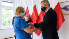 Gorące tematy - Wręczono honorowe odznaki za zasługi dla ochrony zdrowia…