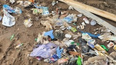 Zatrzymani na nielegalnym składowaniu odpadów [FOTO]