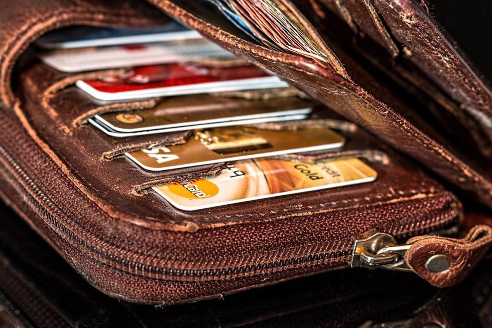69-latka z Nakła odpowie za przywłaszczenie portfela z dokumentami