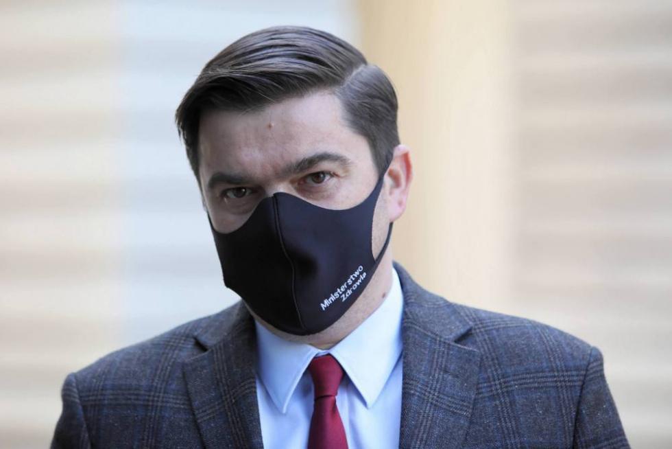 Andrusiewicz: Czwarta fala pandemii się rozpędza, najwięcej zakażeń i…