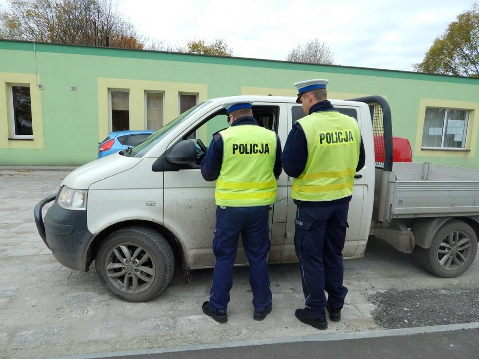 Autobusy i ciężarówki pod kontrolą kujawsko-pomorskich policjantów