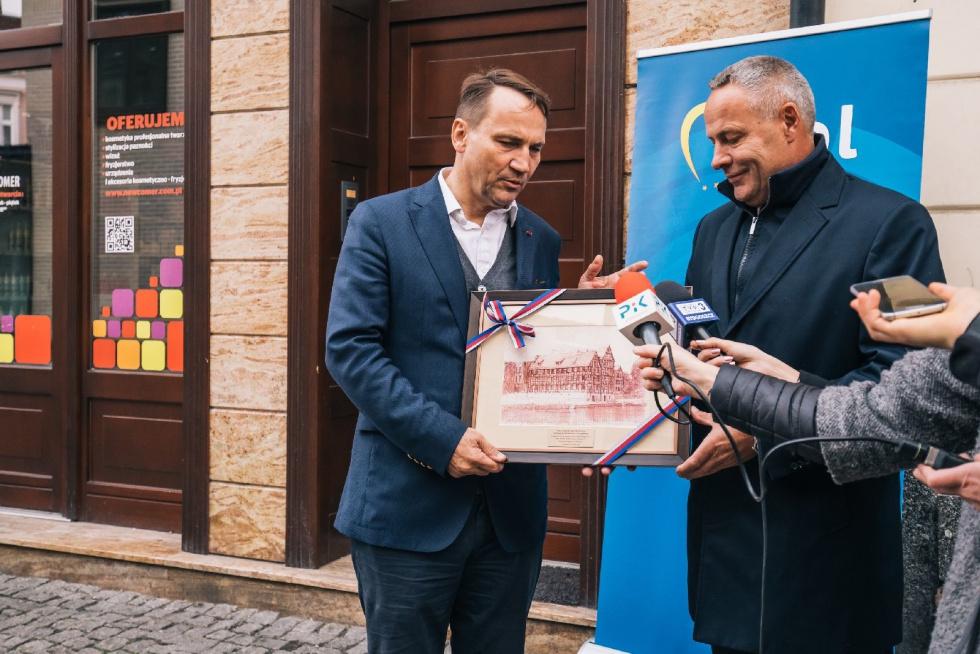 Bydgoskie biuro europosła Radosława Sikorskiego oficjalnie otwarte!