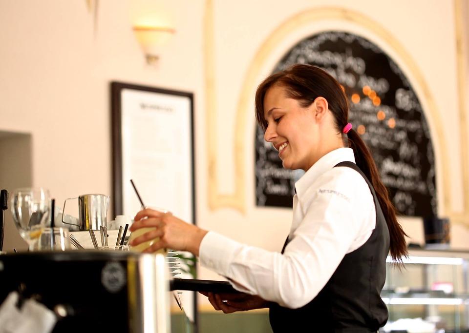 Chcesz prowadzić kawiarnię obywatelską? Ratusz czeka na zgłoszenia