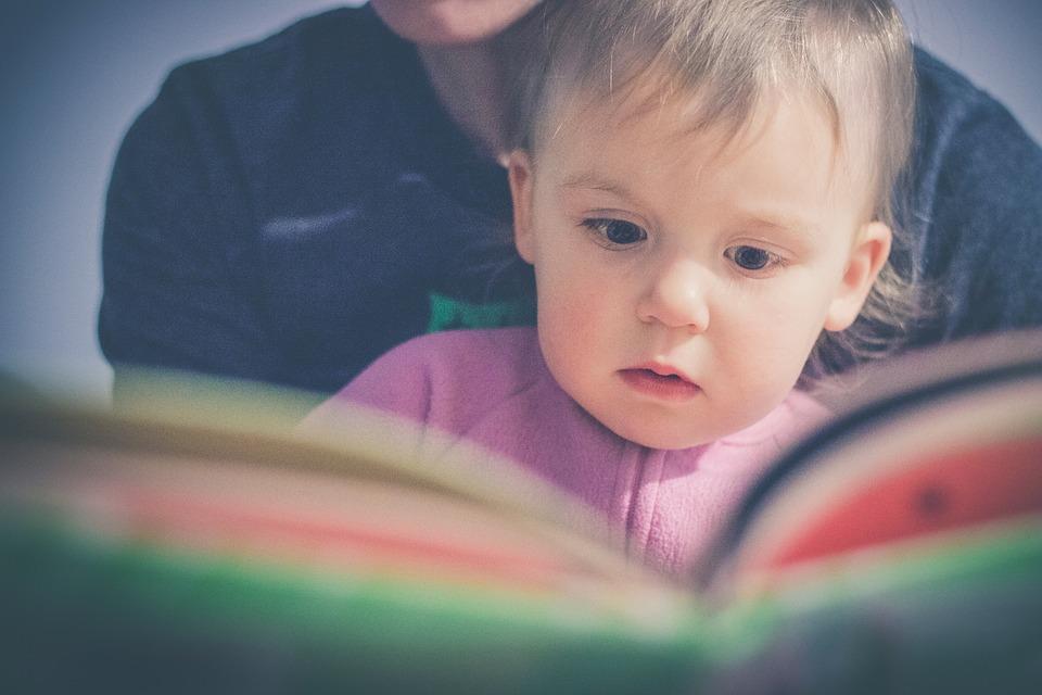 CzyTAM Świat- Sensoryczne spotkania z ksiażką dla najmłodszych