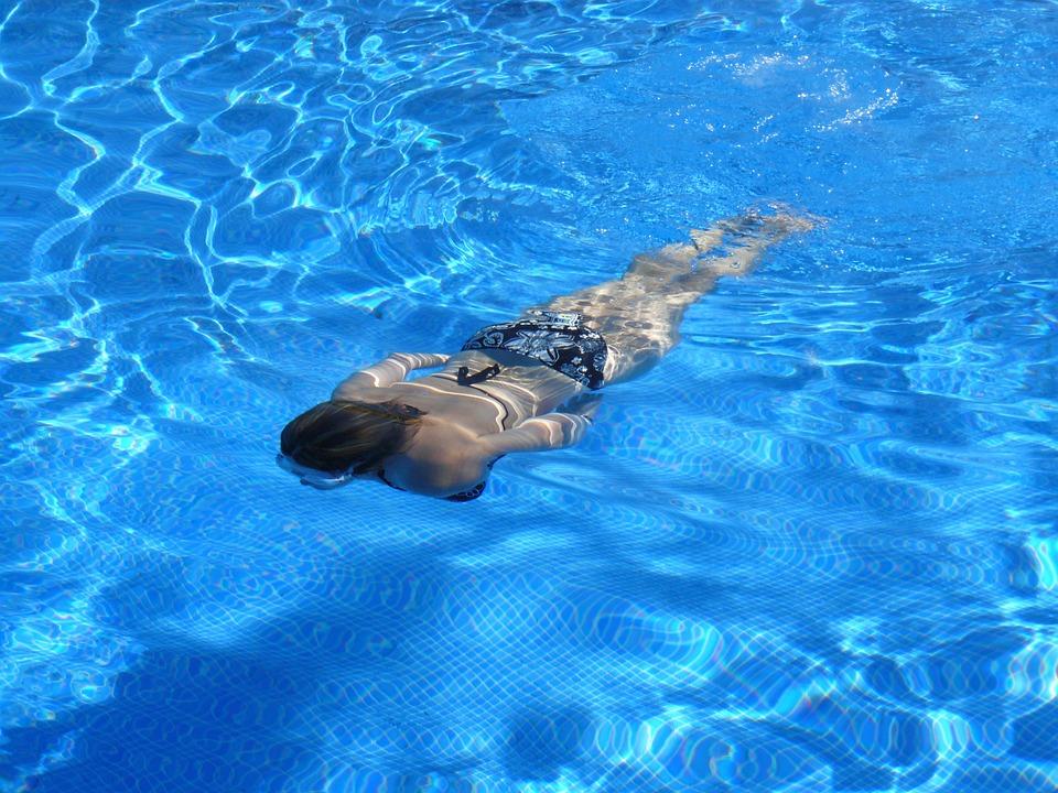 Darmowe baseny przyszkolne dla młodzieży w Bydgoszczy