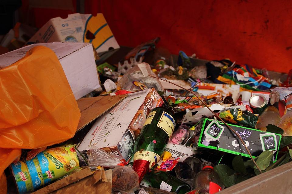 Dowiedz się więcej o segregacji odpadów na spotkaniu