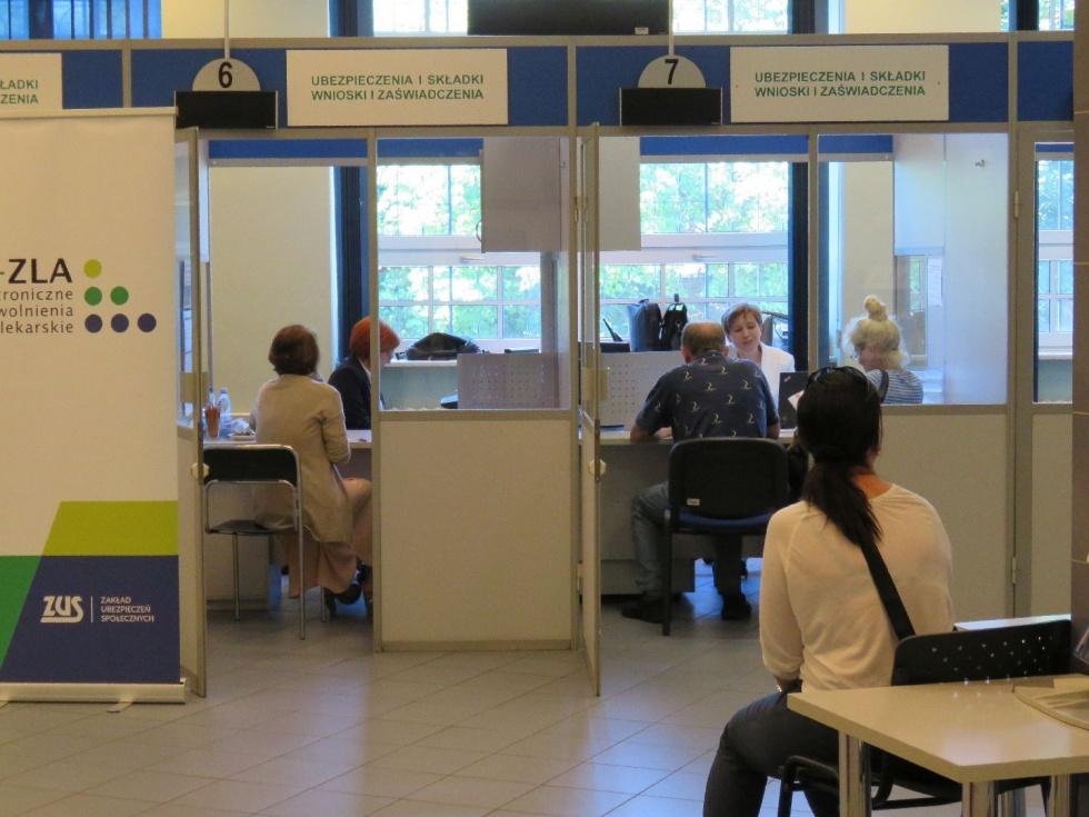 Lekarzu, przyjdź na szkolenie i dowiedz się jak możesz upoważnić asystenta medycznego do wystawienia e-ZLA