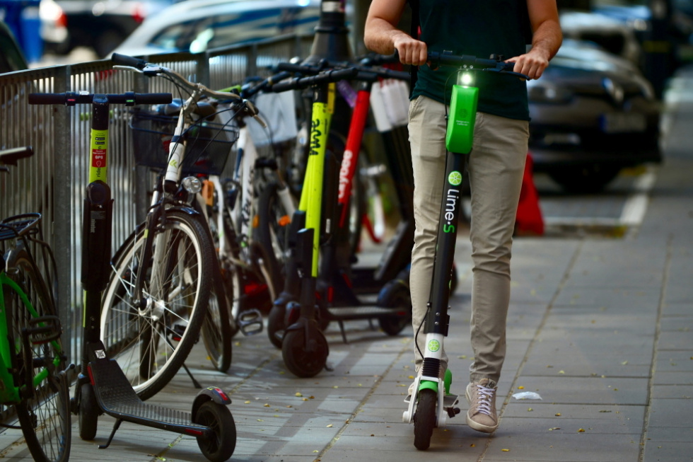 Od poniedziałku nowe uprawnienia Straży Miejskich ws. rowerzystów i kierujących…