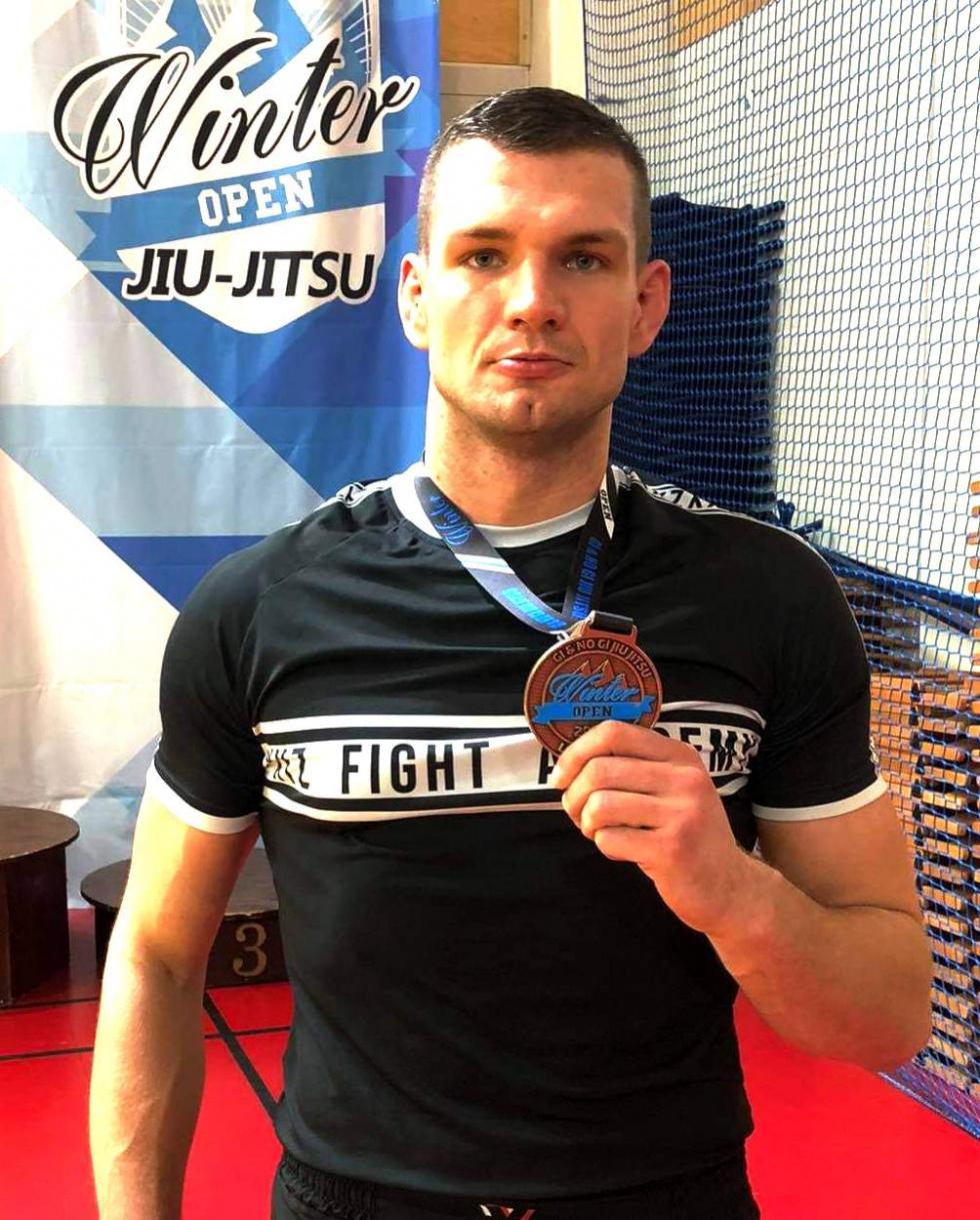 Osiem medali w Brazylijskim Jiu Jitsu