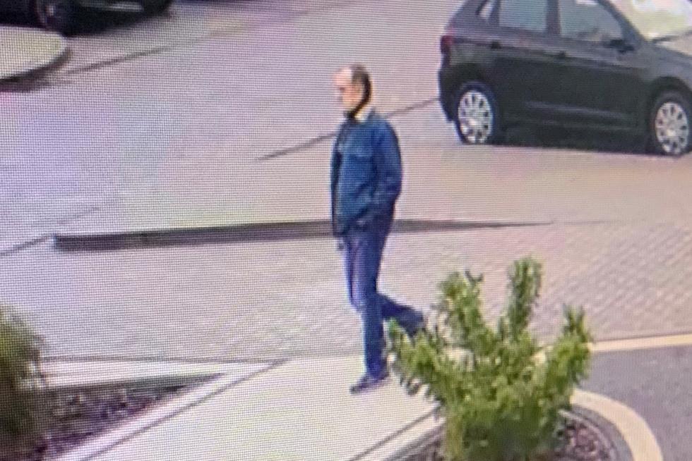 Podejrzany o kradzież Opla spod szpitala. Rozpoznajesz go?