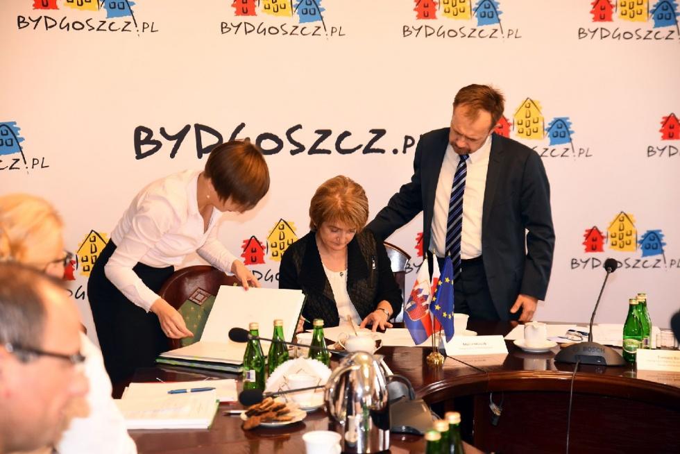 Podpisano umowę na dostawę gazu ziemnego