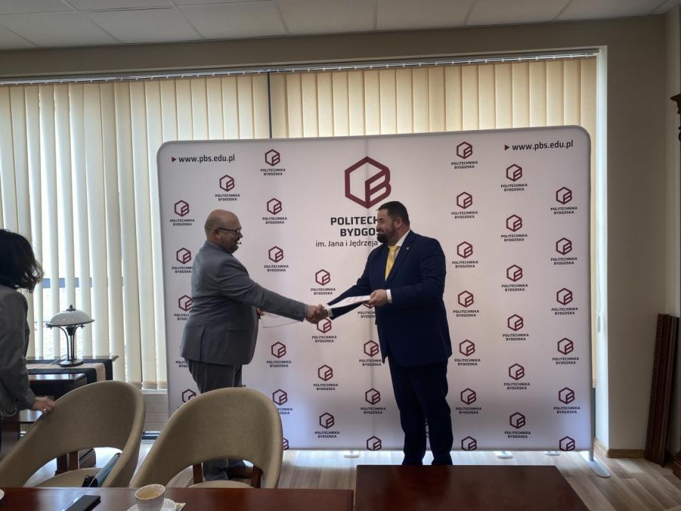Politechnika Bydgoska rozpoczyna współpracę z Sanepidem