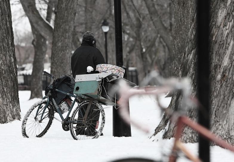 Pomagajmy bezdomnym w Bydgoszczy. Policja apeluje