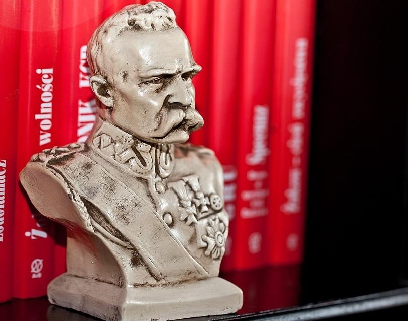 Popiersie Piłsudskiego ozdobi ulicę Gdańską