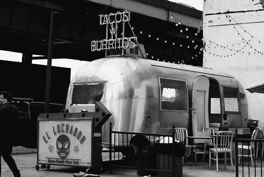 Pożegnanie lata z food truckami w Bydgoszczy