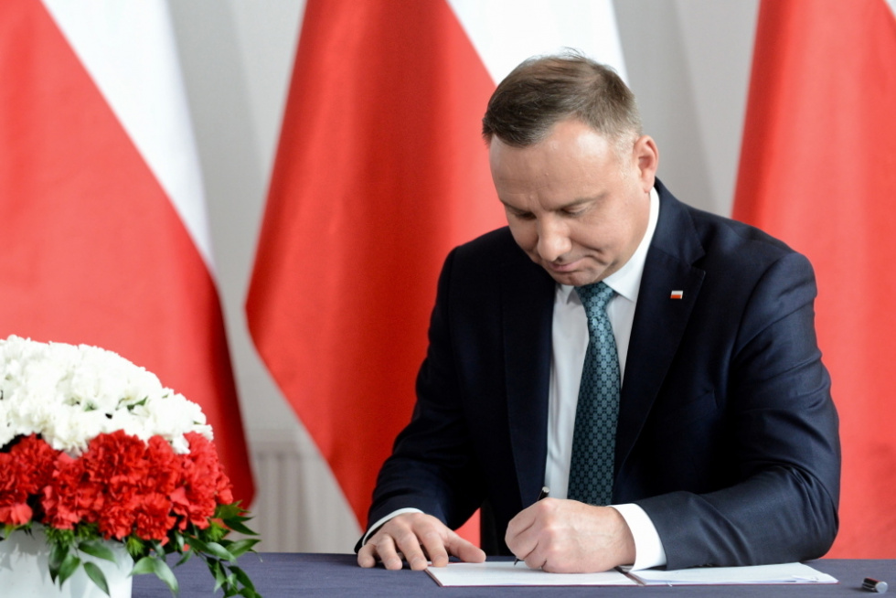 Prezydent podpisał nowelę ustawy o przeciwdziałaniu COVID-19