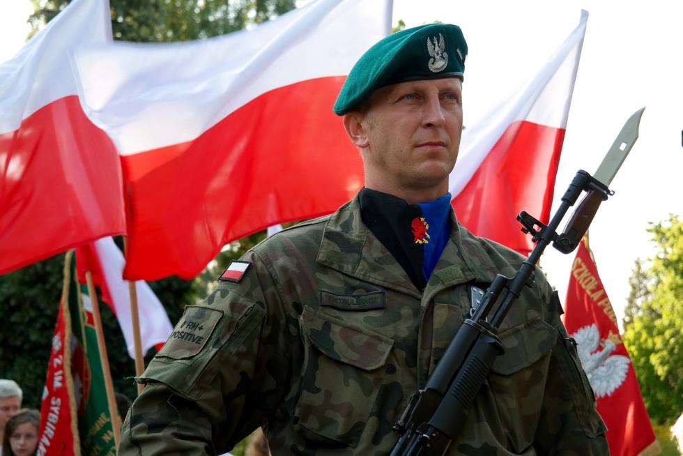 Szef MON: Ponad 5,2 tys. żołnierzy zaangażowanych w walkę z koronawirusem