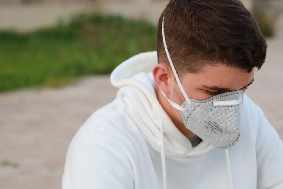 Szumowski: Od 16 kwietnia wprowadzamy obowiązek zakrywania nosa i ust