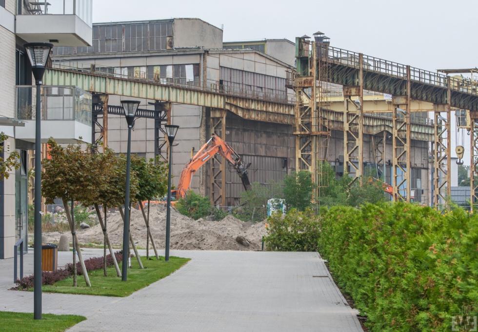 Trwa rozbiórka budynków MAKRUM