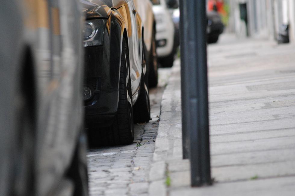 W Bydgoszczy już nie zaparkujesz na chodniku. Czekają nas zmiany