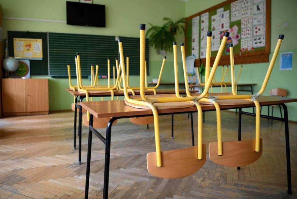 Wiceszef MZ o powrocie do szkół po feriach: nie byłbym optymistą