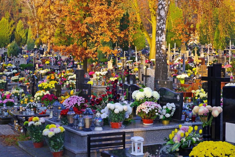 Zmiany administracyjne dotyczące bydgoskich cmentarzy