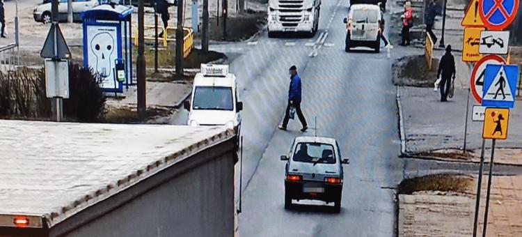 Bydgoski monitoring kontrolował pieszych i kierowców
