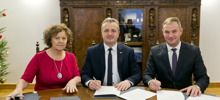 Kolejne 500 tys. zł na realizację inwestycji oświatowych w regionie