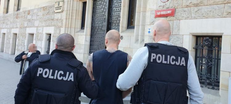 Narkotyki przechowywał w mieszkaniu i domku letniskowym pod Bydgoszczą [WIDEO]